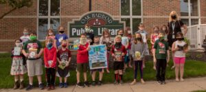 photo of students outside the Oak Harbor Public Library